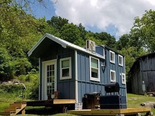 Tiny House Getaway in the Smokies!