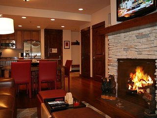 Ski In/ski Out-luxury-great Mountain Views-affordable Rates
