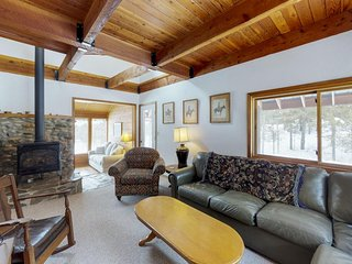 Peaceful wooded cabin w/ sleepy location & modern comforts near hiking & golf!