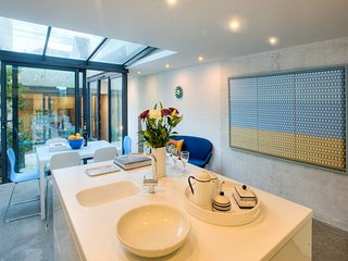 West Place House  - Modern, stunning, sea views, roof terrace and parking