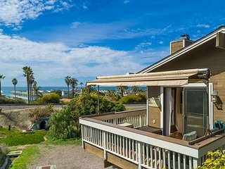 15% OFF MAR/APR - Del Mar Cottage Home, Short Walk to the Beach!