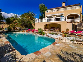 Villa La Calma, Villa con Piscina junto a la Playa