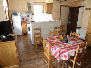 Appartement 'Villotte' 6 pers. 40 m2, proche centre Samoens spacieux et lumineux