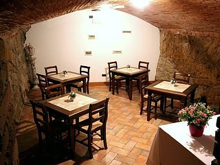 Bed & Breakfast located in the beautiful Tuscany, near Siena, Firenze, Arezzo