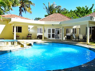 Beautiful 2 Bedrooms Villa in Playa Laguna, Sosua
