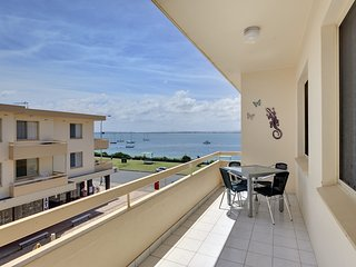 Bay Village, Unit 8/47 Shoal Bay Road