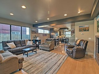 NEW! 4BR Denver Home w/Roof Deck & Mtn/City Views
