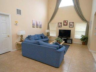 8523SKD. Fantastic 5 Bedroom Retreat at Emerald Island Resort