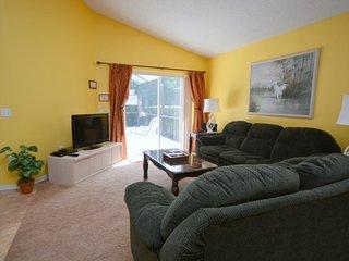 991LBD. Lake Berkley Resort 4 Bedroom 2 Bath Pool Home