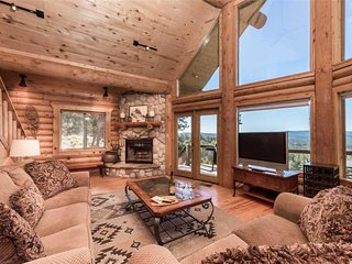Mountain Valley View, 3 Bedroom, View, Fireplace, Hot Tub, Sleeps 6, 5 TV's - Ca