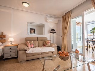 Naturist Boutique one room apartment . 4 minutes walk to the beach.