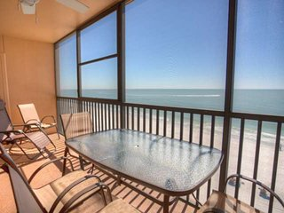 Comfortable Top Floor Unit Overlooking the Gulf.  Incredible View.  Great Resort