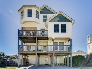 Sunny Delight | 400 ft from the Beach | Dog Friendly, Private Pool, Hot Tub