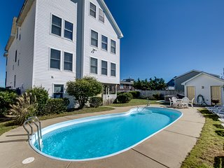 Sunny Delight | 400 ft from the Beach | Dog Friendly, Private Pool, Hot Tub | Ki