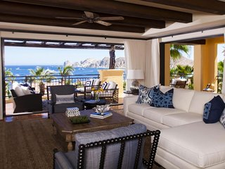 Hacienda Beach Club - Luxury Beachfront Residence