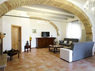 4 bedroom Villa in Podere Sant'Elisa, Tuscany, Italy : ref 5583200