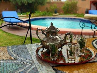villa climatisée piscine,  jardin takerkoust Maroc