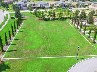 Luxurious Solterra Resort 15 min from Disney area