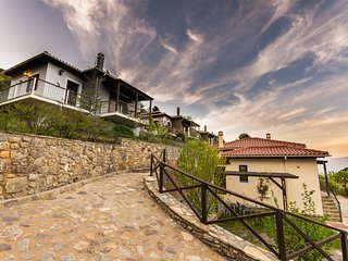 Charming Suite with Panoramic View in Taygetus Mountain