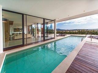 4 bedroom Villa in Primosten, Sibensko-Kninska Zupanija, Croatia : ref 5583156