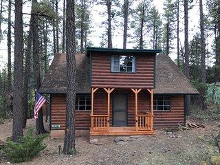 Cool Pines Cabin Getaway