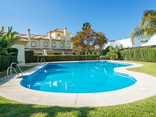 3 bedroom Villa in Novo Sancti Petri, Andalusia, Spain : ref 5043391