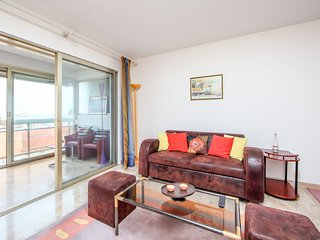 2 bedroom Apartment in Cannes, Provence-Alpes-Côte d'Azur, France : ref 5545130