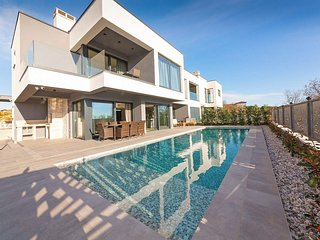 3 bedroom Villa in Mali Maj, Istria, Croatia : ref 5583168