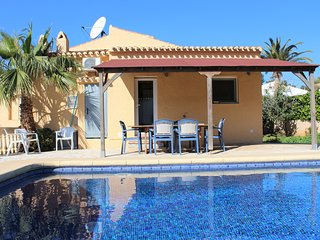 Modern Villa near blue flag sandy beach with private pool, WIFI, Air Con & BBQ