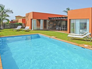 2 bedroom Villa in El Salobre, Canary Islands, Spain - 5217944