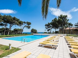 Seafront Beach Villa - Unit 1 - Luxury Villa with Pool in Guia