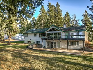 Private Luxury Home with Views of Lake Coeur d'Alene - Welcome to Hillcrest!