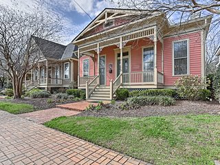 NEW! Charming Downtown 2BR Mobile Cottage w/ Patio