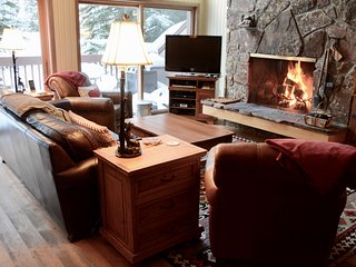 Spacious Ski-In Condo - Hdtv,Wifi,Hot Tub, Grand Teton, Yellowstone