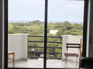 T1 - Stº António,a 10min Centro/Praia, av.principal,vista mar, garagem