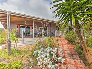 'Lava Oasis' Ocean View Home w/Great Views & Lanai