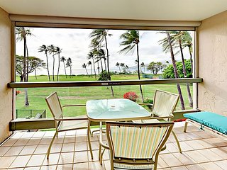 Oceanfront 1BR w/ Lanai & Pool ? Minutes to Kihei Shopping, Dining