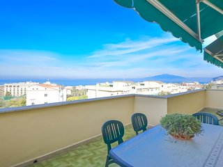 SORRENTO SUNSET FLAT - Private terrace apartment with sea view