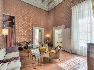 Maggio 9 Suite Rossa
