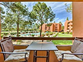 Phoenix Condo w/Shared Pools - Walk to Mall & Golf