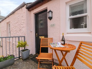 THE OLD HAYLOFT, modern apartment, open-plan living, WiFi, in Keswick, ref:97228