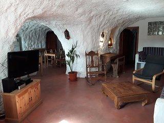 Cuevas Andalucia - Almendra