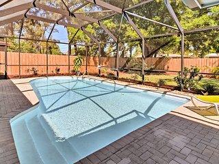 Cozy Seminole Home w/ Pool - Near Madeira Beach!