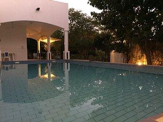 VILLA DE LUXE 5* prestige piscine jaccuzi suites prestige VIP, Saly Sénégal