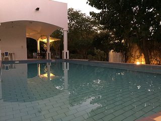 LOCATION DE CHAMBRES, vacances VILLA DE LUXE , Saly Sénégal