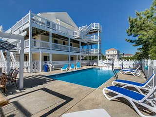 Surfin' USA: 7 BR / 5 BA seven bedroom house in Corolla, Sleeps 20