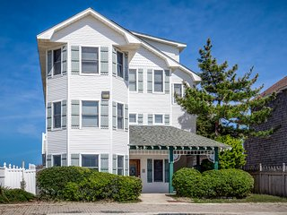 The Nags Header | Oceanfront | Dog Friendly, Private Pool, Hot Tub | Nags Head