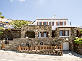 4 bdr Villa Mare Vista in Tinos island