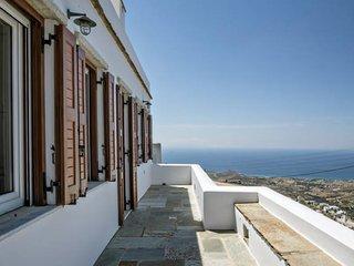 4-Bdrm Villa Mare Vista in Tinos island