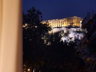 Aura 5 Bdrm Apt with Acropolis View